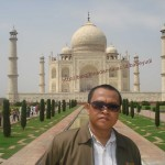 I'm in taj mahal  Agra(India)